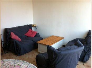 Appartager FR - Colocation à constituer quartier Châteauvert, Valence - 230 € /Mois