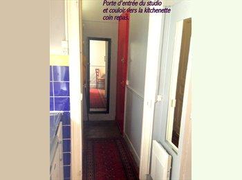 Appartager FR -  STUDIO LUMINEUX IDEAL, PROCHE PARIS CENTRE, 17ème Arrondissement - 990 € /Mois