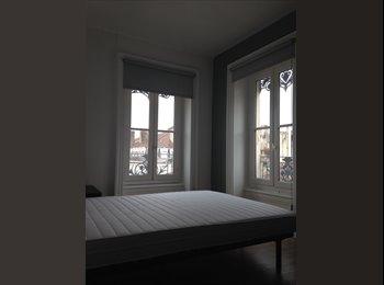 Colocation dans le premier , appartement rénové,de 3...