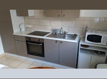 Appartager FR - Chambre meublé, Reims - 290 € /Mois