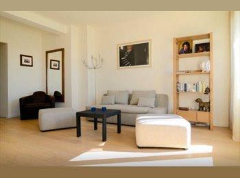 Appartager FR - Chambre ds appartement rénové Aix Centre, Place Bellegarde), Aix-en-Provence - 540 € /Mois
