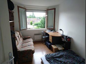 Appartager FR - Une chambre à louer dans une colocation pour 3 personnes à proximité de Valenciennes, Anzin - 250 € /Mois