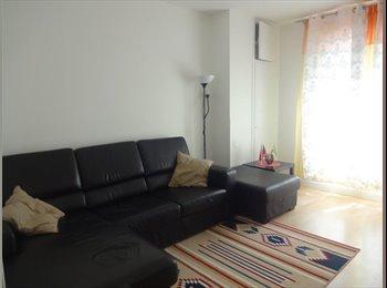 Colocation dans T3 (50 m2) à Courbevoie/La Défense - 601€...