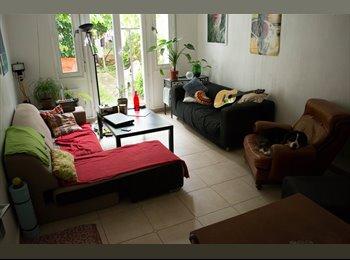 Appartager FR - Sous-location juillet août dans une grande maison, Toulouse - 300 € /Mois