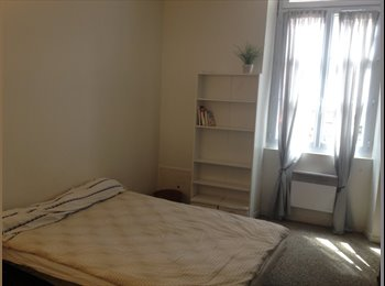 Appartager FR - Appartement sympa Gambetta, Bordeaux - 300 € /Mois
