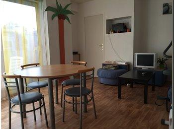 Appartager FR - Belle Coloc Sympa Séjour/Cuisine ouverte/Terrasse Parking Tt Confort, Hérouville-Saint-Clair - 380 € /Mois