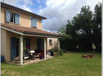 Appartager FR - Maison jardin Croix-Daurade, Toulouse - 355 € /Mois