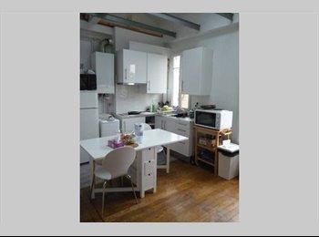 Appartager FR - Colocation Puteaux/ La Défense Paris 595€ Charges comprises, Puteaux - 595 € /Mois