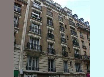 Appartager FR - Chambre dans un 2 pièces meublé de 39m2 15ème, Paris - 725 € /Mois