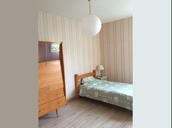 Appartager FR - Chambres d'étudiant dans maison tout confort, Béziers - 250 € /Mois
