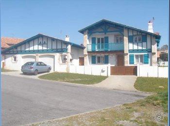 Appartager FR - chambre a louer dans belle maison, Arbonne - 475 € /Mois
