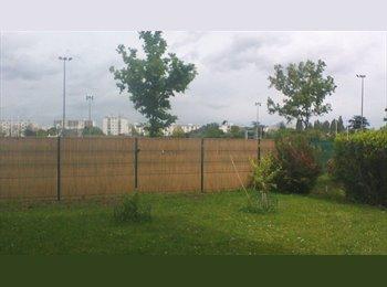 Appartager FR - CHAMBRE  a louer avec un jardin de 130m², Saint-Jean-de-Braye - 400 € /Mois