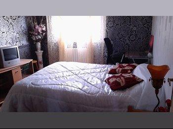 Appartager FR - chambre en colocation dans maison, Béziers - 200 € /Mois