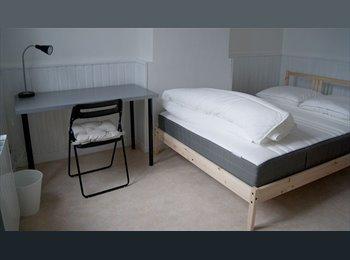 Appartager FR - IDEAL ETUDIANT Dans une maison meublée de 150 m2, Saint-Étienne-du-Rouvray - 330 € /Mois