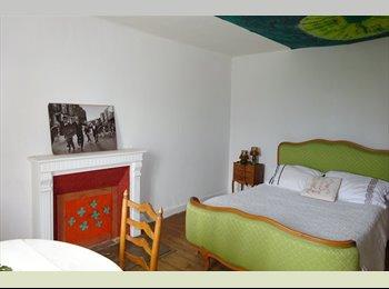 Appartager FR - Venez vivre chez moi, Quimper - 250 € /Mois