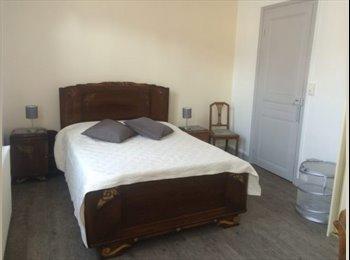 Appartager FR - Grande chambre dans une amiénoise rénovée., Amiens - 420 € /Mois