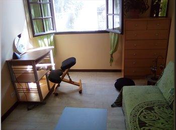 Appartager FR - loue 4 pieces /3 chambres en colocation, Béziers - 300 € /Mois