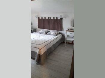 Appartager FR - Vivre dans une villa pour le prix d'une chambre!, Le Pradet - 450 € /Mois