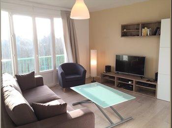 Appartager FR - Location chambre meublée 11m² tout compris, Nantes - 400 € /Mois