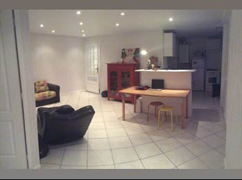 Appartager FR - Appartement proche écoles/hopital, Troyes - 300 € /Mois