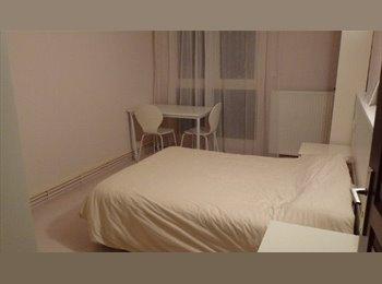 Appartager FR - Chambre indépendante chez l'habitant, Nancy - 450 € /Mois