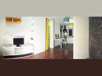Appartager FR - Colocation de 3 chambres dans un appartement traversant, lumineux, calme et meublé, refait à neuf à , Lille - 365 € /Mois