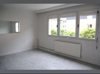 Appartager FR - T2 50 m2 - centre ville 76500 Elbeuf, Rouen - 490 € /Mois