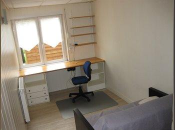 Appartager FR - un studio dans , Angers - 325 € /Mois