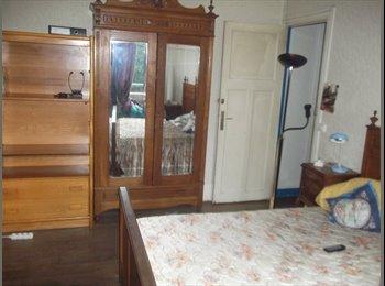 Appartager FR - chambre a louer, Paris - Ile De France - 300 € /Mois