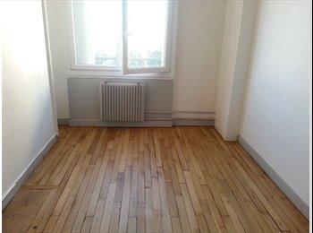 12 m2 dans un appartement entièrement refait