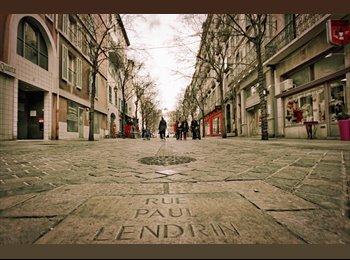 Appartager FR - Idéal pour 2 étudiants, en plein centre ville de Toulon, Toulon - 600 € /Mois