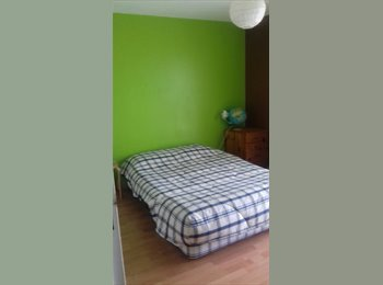 Appartager FR - à louer Chambre pour étudiante dans maison individuelle, La Rochelle - 450 € /Mois