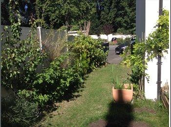 Appartager FR - Maison de Ville dans 1 residence Calme, Orléans - 400 € /Mois