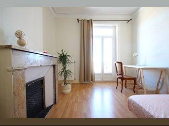 Appartager FR - Colocation Chambre 1 - Vue et emplacement idéal, Montpellier - 560 € /Mois