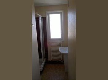 Appartager FR - appartement lumineux de 62m², Fougères - 295 € /Mois