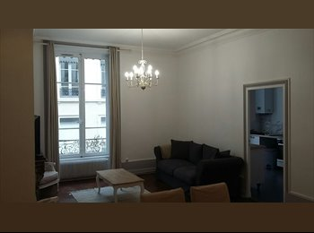 Appartager FR - Appartement 5 pieces - 3 chambres - 103m²  (Lyon 2 Ainay), Lyon - 870 € /Mois
