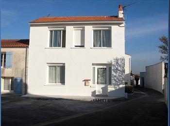 Appartager FR - Maison colocation 2 étudiants, La Rochelle - 350 € /Mois
