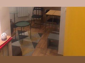 Studio  Meublé  Entier  Paris Nation ( disponible  6 mois)
