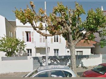 Appartager FR - grande Maison : création d'une coloc' ecolo et sympa, La Rochelle - 300 € /Mois
