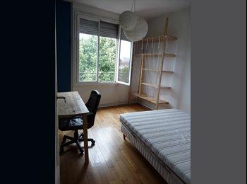 Appartager FR - Une chambre qui n'attend que toi dans un appart' qui en jette, Troyes - 295 € /Mois