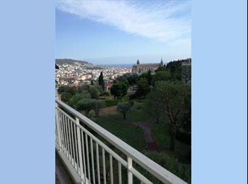 Appartager FR - Appartement 5 pièces 110 m2 résidence sécurisée vue mer proche centre, Nice - 300 € /Mois