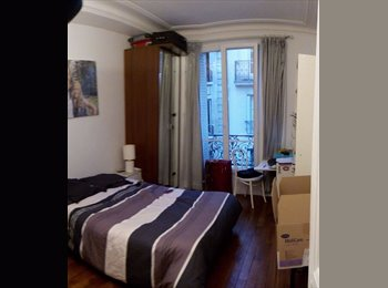 Chambre pour couple dans T2 Paris 14e