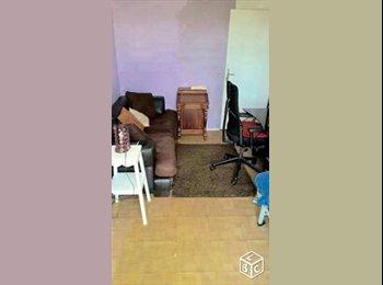 loue chambre 17 m2 a 10 min NANTERRE