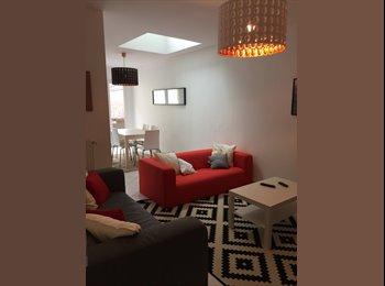 Appartager FR - Maison entièrement rénovée Henriville proche centre ville, Amiens - 420 € /Mois