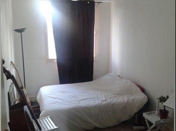 Appartager FR - Appartement 18e arrondissement - Métro Simplon, Paris - Ile De France - 715 € /Mois