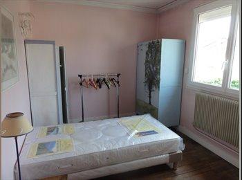 Appartager FR - chambre à louer dans pavillon avec  colocataires, Paris - Ile De France - 550 € /Mois
