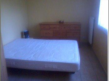 Appartager FR - Chambre chez l'habitant, Anthy-sur-Léman - 450 € /Mois