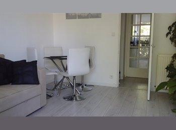 Appartager FR - Chambre meublée dans agréable T3, Toulouse - 450 € /Mois