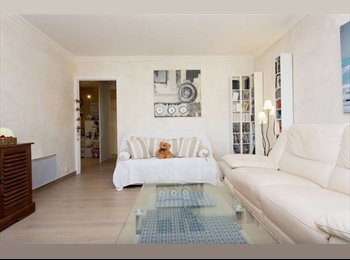 Appartager FR - Belle chambre dans 3 pièces avec grande terrasse, Cannes - 500 € /Mois