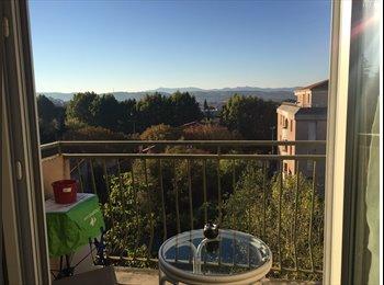 Appartager FR - Grand appartement calme, avec balcon sans vis à vis , Aix-en-Provence - 450 € /Mois